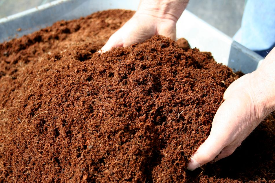 compo e compostaggio con i prodotti agrinova