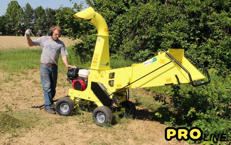 zakandra biotrituratore cippatore agrinova macchina giardinaggio e agricoltura