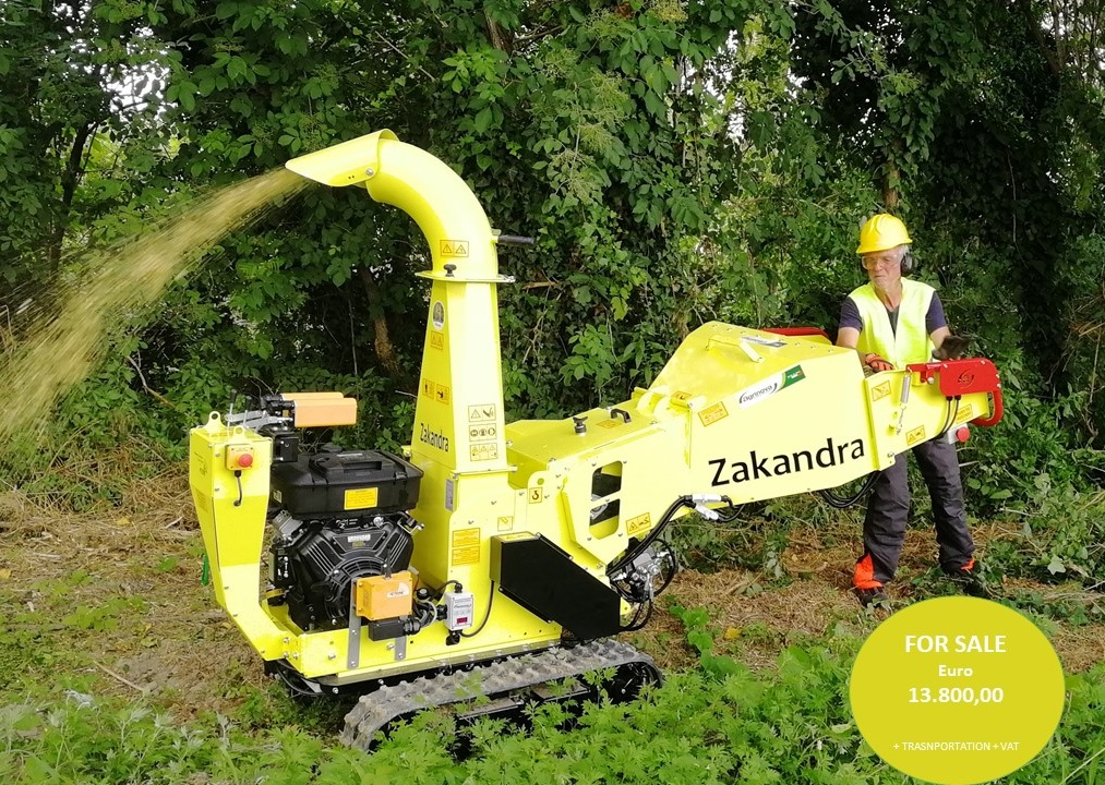 Tracked wood chipper Zakandra Agrinova link Agriaffaires